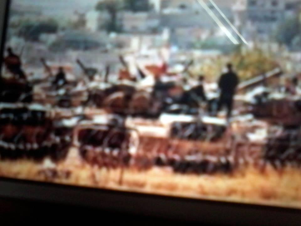 El kaide militanlarının Türk tankları eşliğinde Suriye'ye girdiği iddia edildi