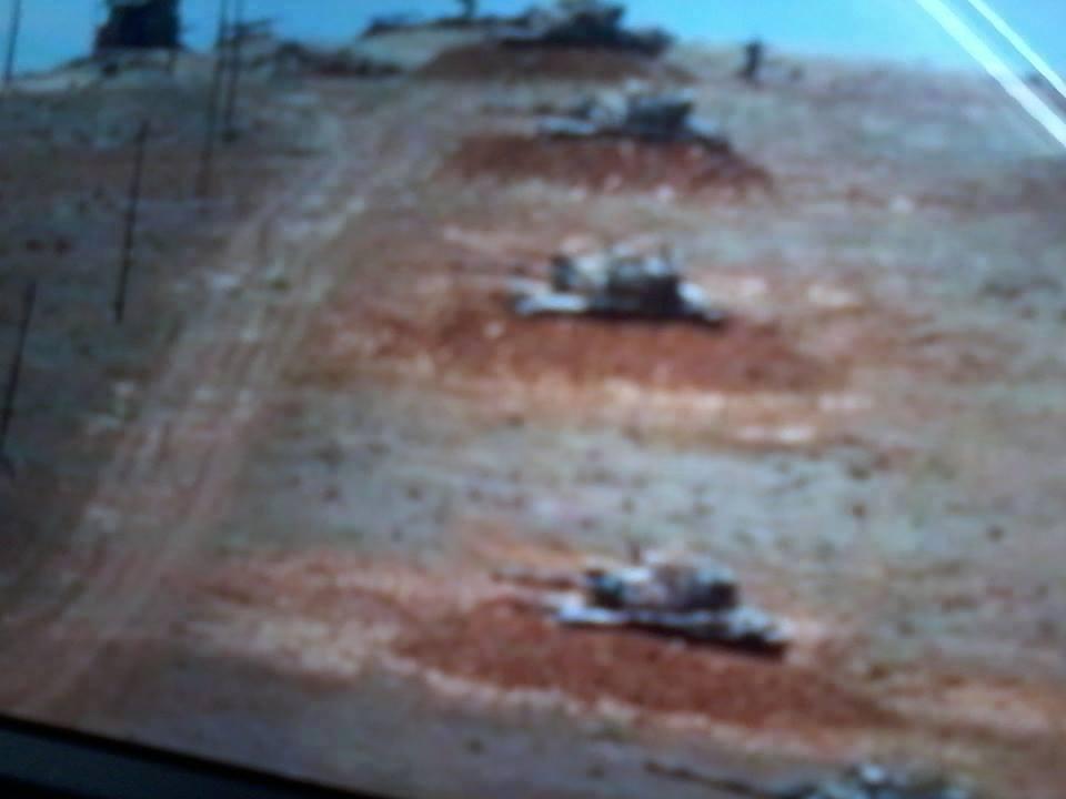 El kaide militanlarının Türk tankları eşliğinde Suriye'ye girdiği iddia edildi2