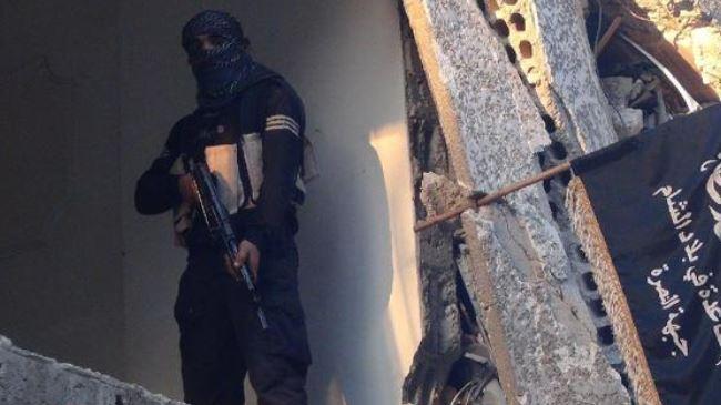 390335_Syria-militant