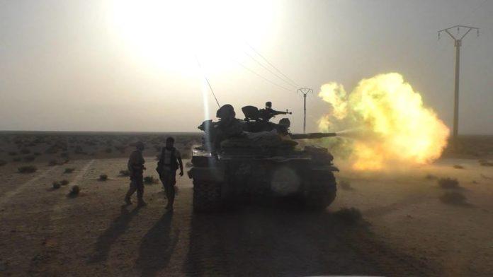 saa-tank-on-palmyra-outskirts-696x392
